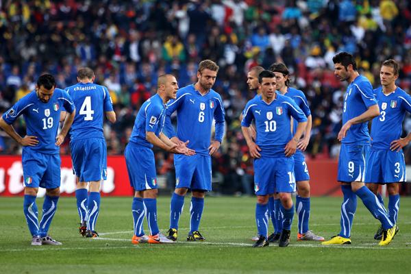 SIN PIEDAD ITALIA PERDIO Y LE DICE ADIOS ALMUNDIAL!!!!!!!!!!!